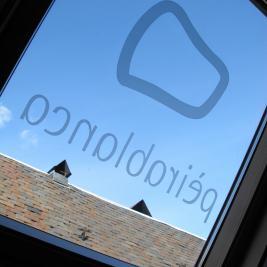 fenêtre de plafond mansardée de la chambre Hotel Pèira Blanca