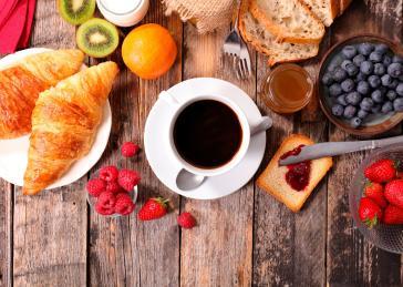 buffet de petit déjeuner Hôtel Pèira Blanca