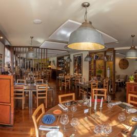 comedor restaurante Es Arraïtzes Garós  cocina proximidad y fusión